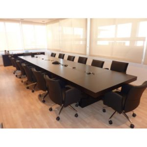 MEsas de juntas para reuniones Boss1
